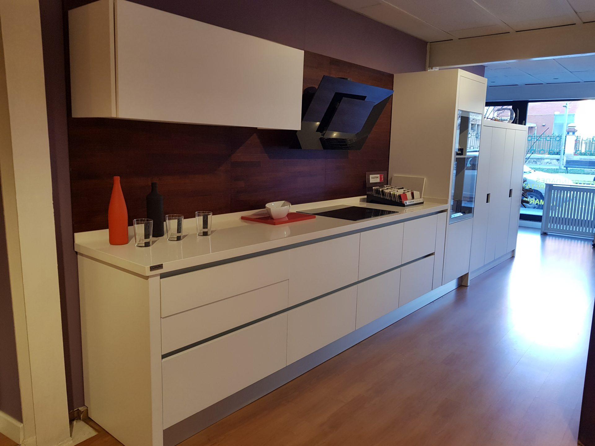Muebles ergonomicos obtenga ideas dise o de muebles para for Muebles ergonomicos